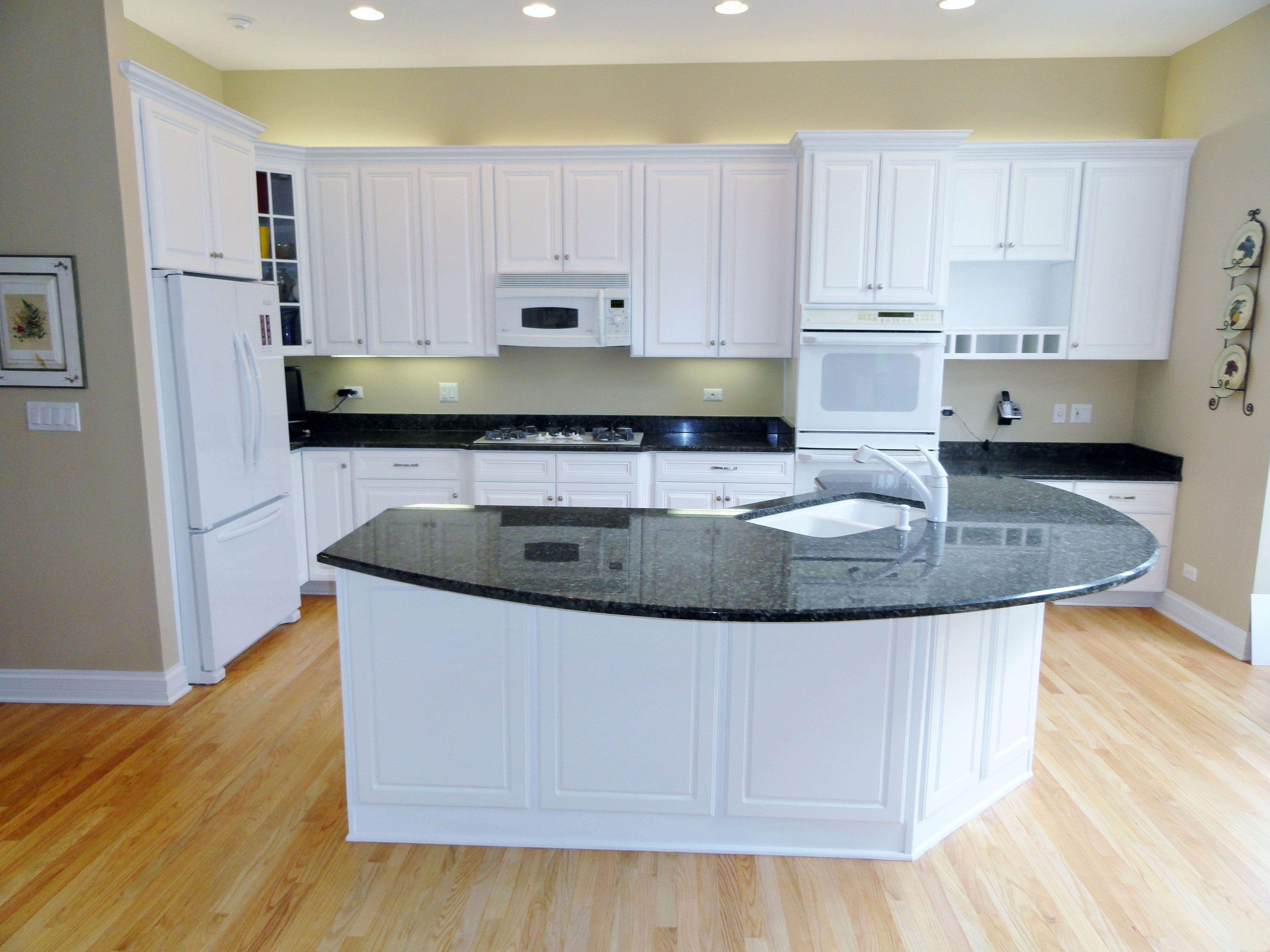 Kitchen Cabinet Refacing Black And White