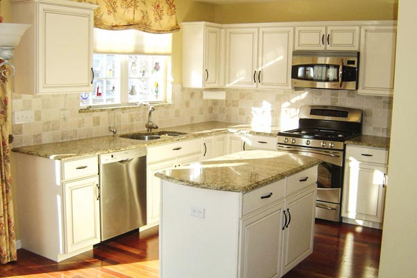 Cream Kitchen Cabinets With Chocolate Glaze Photos  affordable