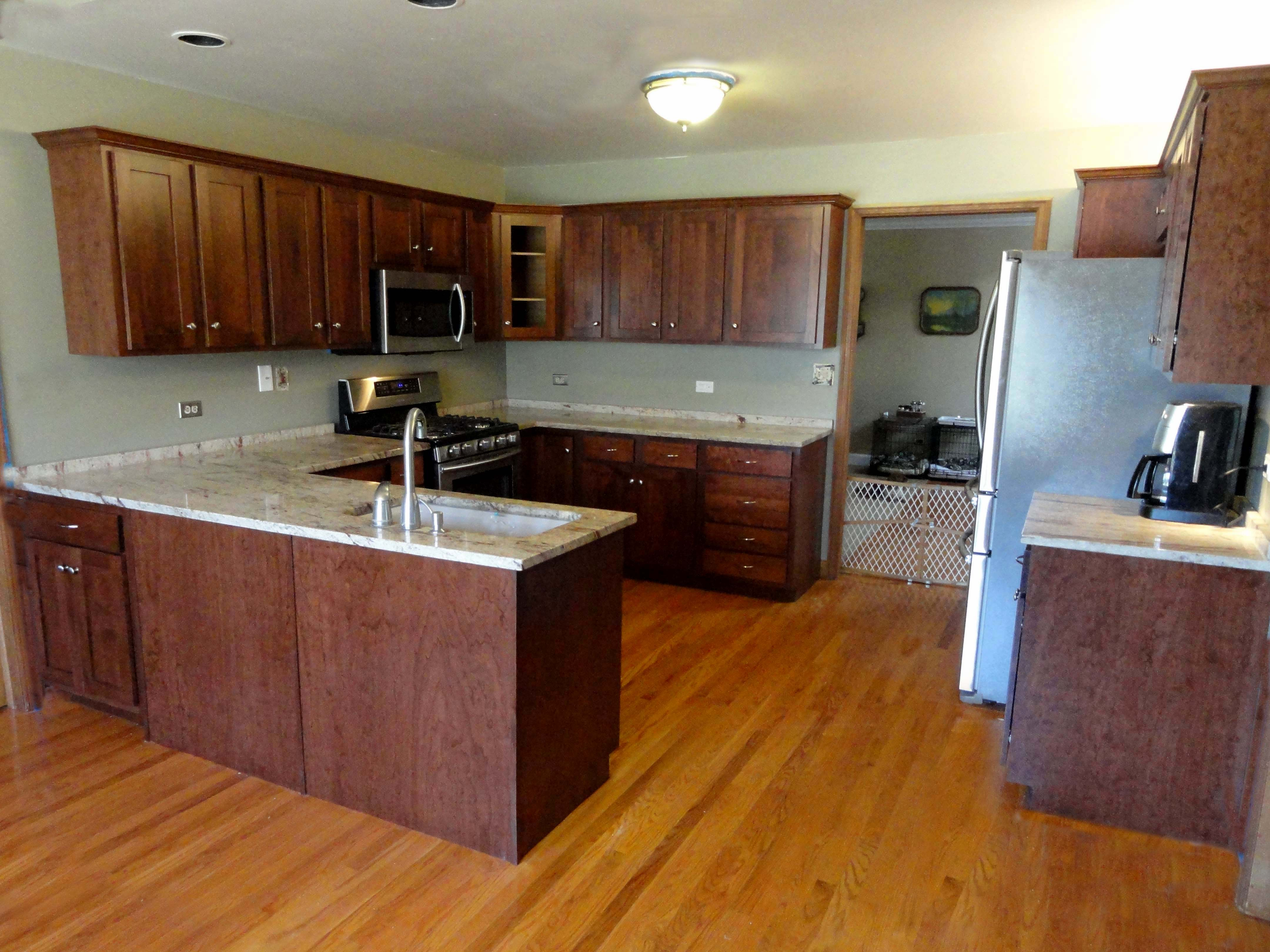Kitchen cabinet refacing libertyville il for Looking for kitchen